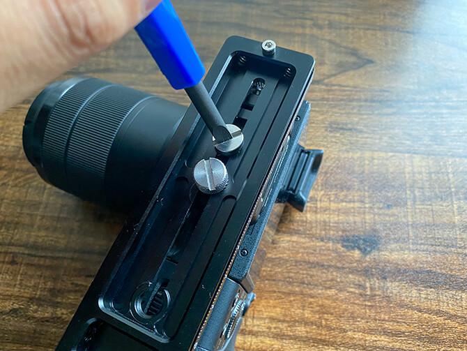 MOZA AirCross 2のカメラ装着手順